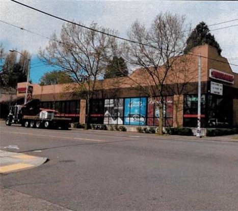 Wallingford Rental Location near Dick's Drive In by Seattle Commercial Real Estate LLC